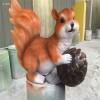 肇庆玻璃钢动物雕塑厂家 仿真小松鼠雕塑造型